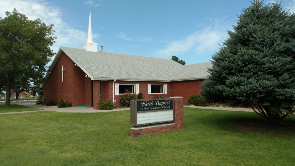 Exterior photo of Faith Baptist Church in Kearney, NE